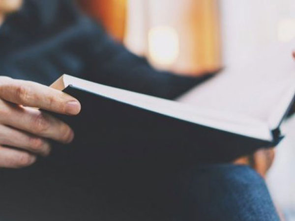 Want to be a Better Entrepreneur? Here are 9 Business Books that'll Inspire You